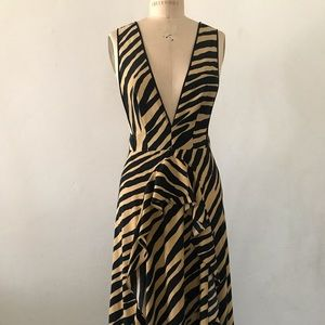 Topshop Animal Print Deep V Neck Dress Sz 8